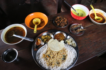 Lunch at Revathy Kutty Thattukada
