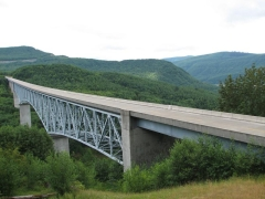 Hoffstadt Creek bridge
