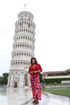 Preethu at Leaning Tower of Pisa