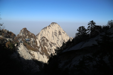 North peak at Hua Shan
